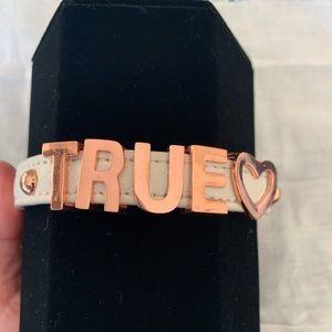 BCBG True ❤️ bracelet
